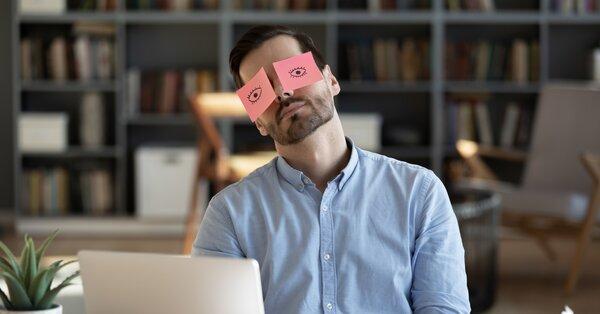 Cesta, ako prekonať únavový syndróm, spočíva v odpočinku a doplnení živín
